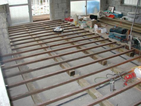 床の貼り換え