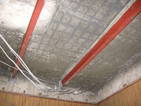 屋根裏A-2