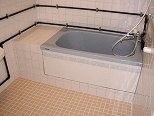 浴槽の取り換え事例01